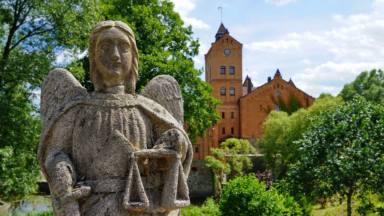 Средневековый замок секса 10 фотография