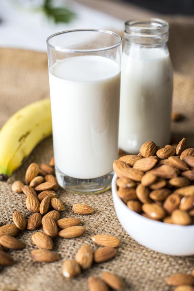 almond banana