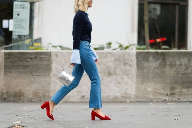 Как носить укороченные джинсы-клеш, если ноги не от ушей