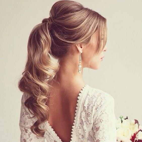 фото причёсок на выпускной на длинные волосы