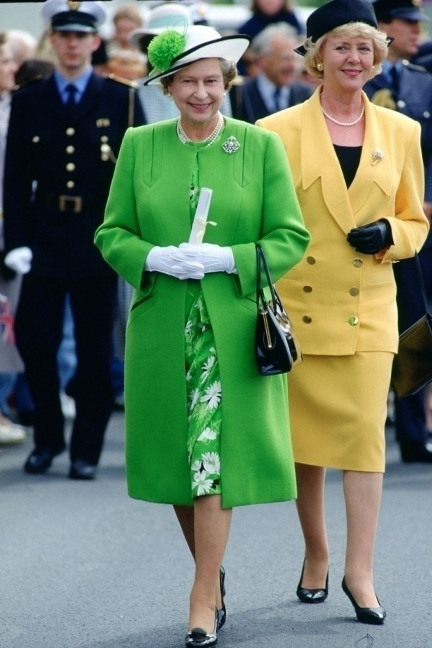 Эволюция стиля королевы Елизаветы II 80-е