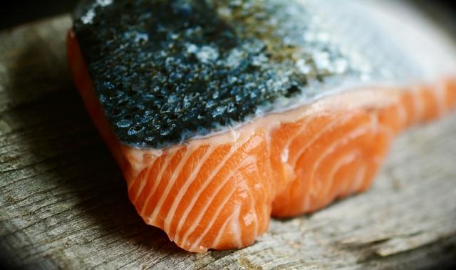 чем заменить лосось