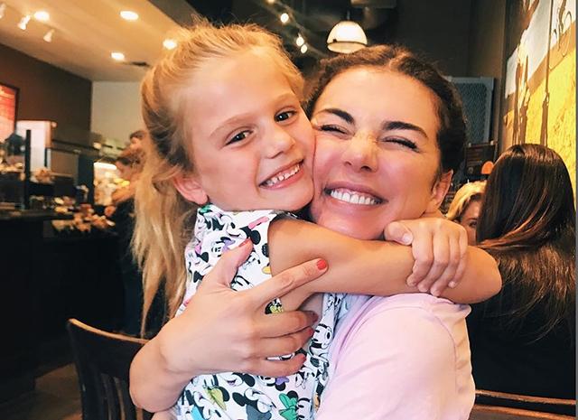 Анна Седокова с дочкой Моникой