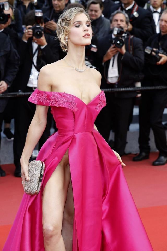 Джой Корриган откровенное платье на канском кинофестивале