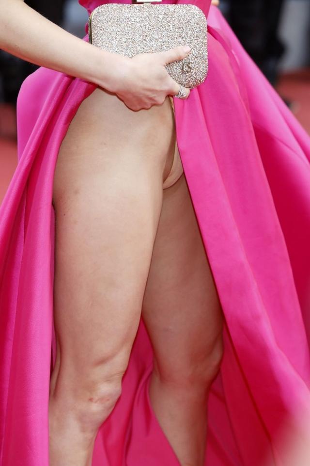 Каннский кинофестиваль откровенное платье