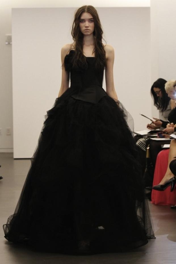 Черная свадебная коллекция-2012 от Веры Вонг.