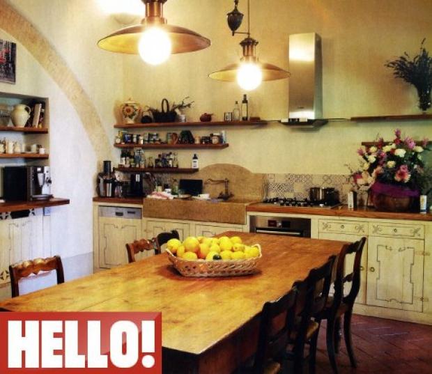 Кухня юлии высоцкой фото интерьер