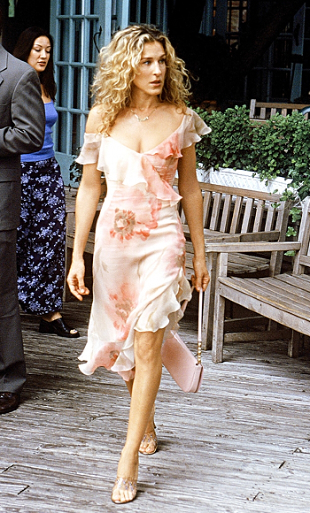 Кэрри Брэдшоу - главная героиня популярного сериала Секс и город