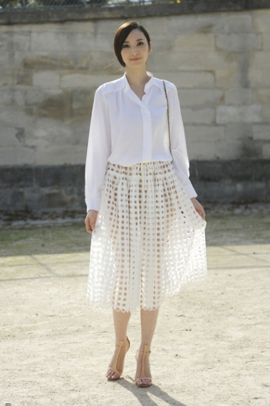 Тренд осени 2013: белая рубашка
