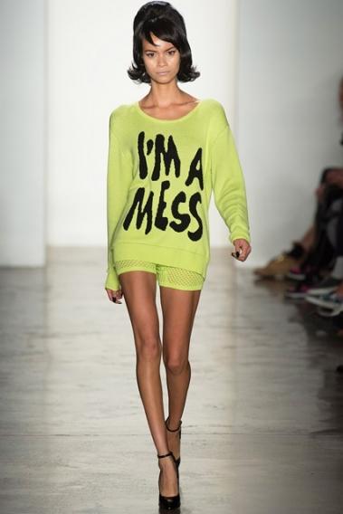 Тренд сезона весна-лето 2014: надписи и слоганы на одежде - photo#44