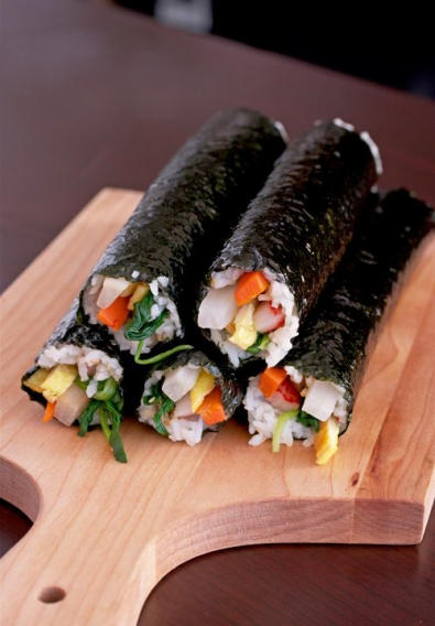 Чем полезен салат из морской капусты