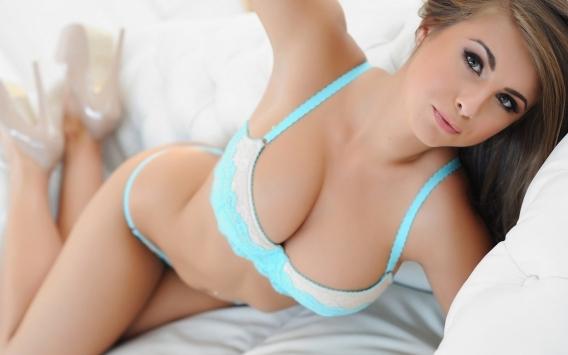 Увеличить грудь с помощью миостимуляции