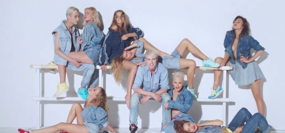 Почему новый клип с красотками из REAL O хочется смотреть на повторе: 5 причин