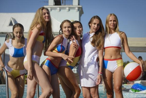 Как Регина Тодоренко стала лицом коллекции купальников