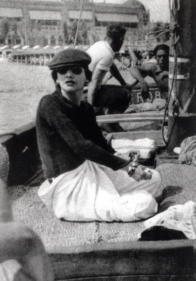 Цитаты о женской красоте от Коко Шанель - афоризмы королевы моды