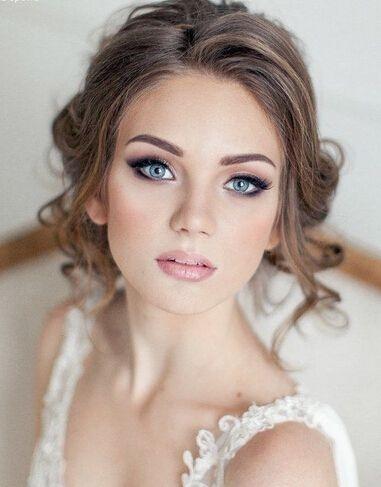 Легкий макияж невесты