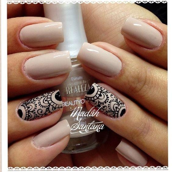 Дизайн ногтей в стиле мехенди