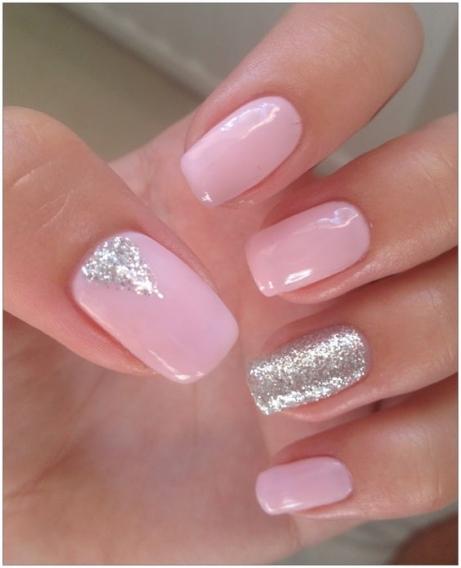 Дизайн ногтей розовый с блестками
