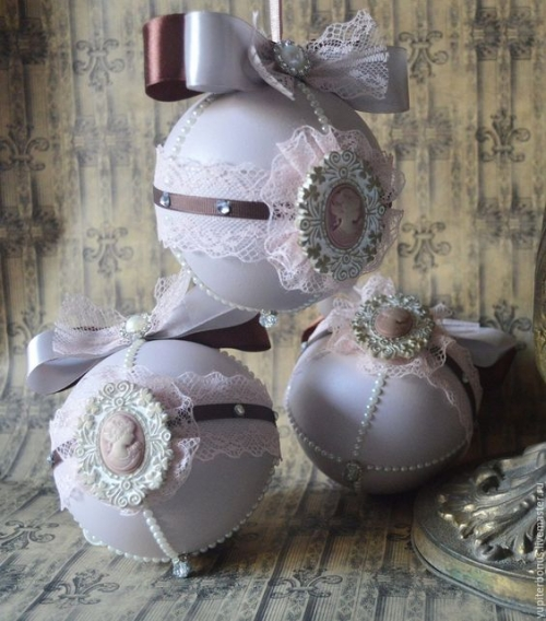 Как сделать декупаж елочных шаров своими руками: инструкция и фото
