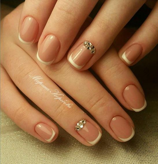 Гель-лак на короткие ногти френч