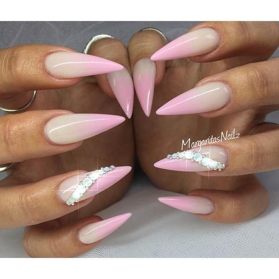 Изящные пальчики: как сделать красивую форму ногтей 55