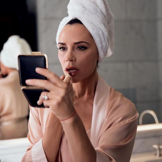 Канны-2017: уроки безупречного макияжа от Дипики Падуконе новые фото