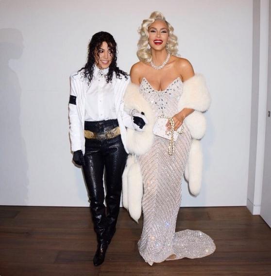 Хэллоуин 2017: Ким Кардашьян примеряла образ Мадонны