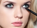 Новый «кошачий глаз»: трендовый макияж, который придется по душе каждой