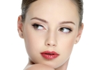 Smoky eyes, как у Бекхэм: Виктория раскрывает секреты ежедневного макияжа
