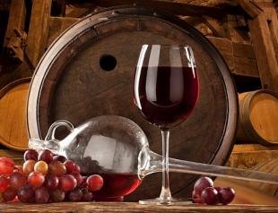 Как сделать домашнее вино из калины в домашних условиях