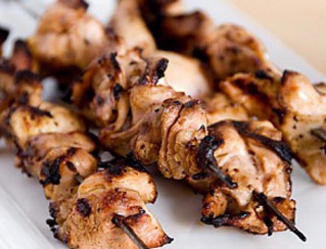 Шашлык из курицы в ореховом маринаде