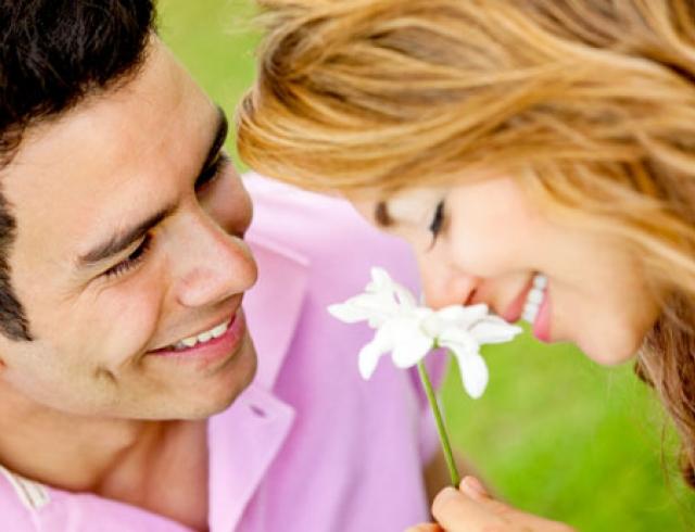 Как сделать чтобы парень первым признался в любви