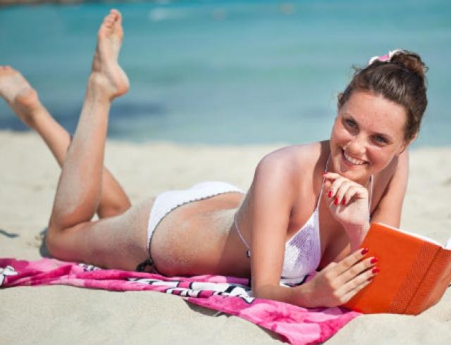 фото девушек на пляже все видно