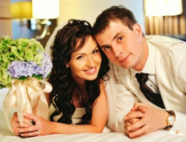 Первая брачная ночь с красивой женой — photo 9