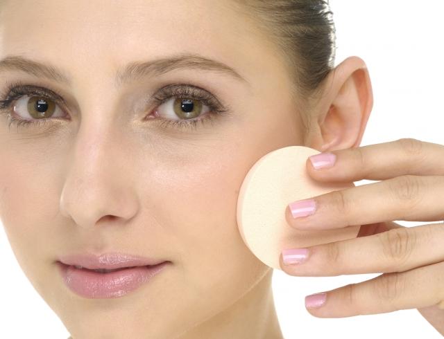 можно ли до тонального крема мазать кремом