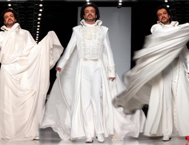 Филипп киркоров в женском платье