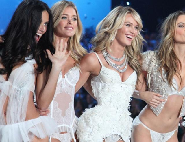 Ангелы Victoria`s Secret рассказали 1eb7c97c8bee3