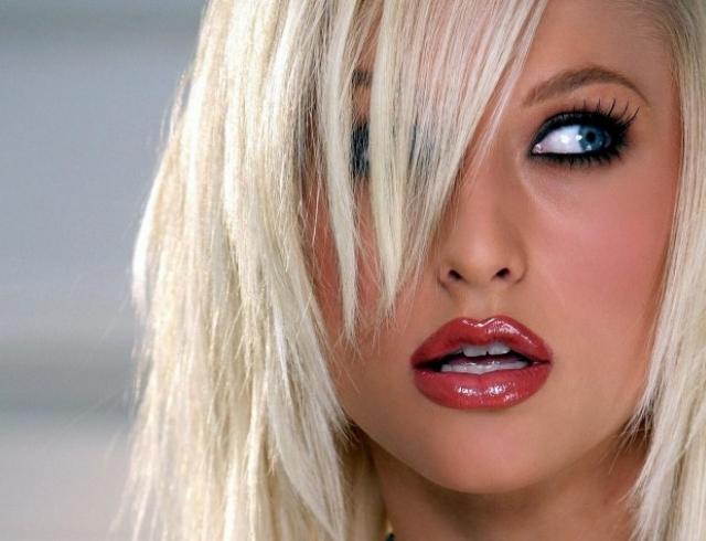 Хочу блондинку фото секс еблю
