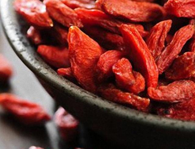 Чем полезны ягоды годжи: свойства для красоты и здоровья