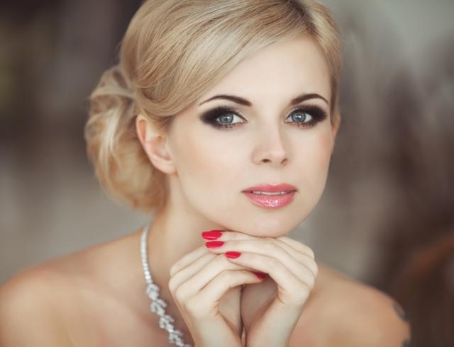 Как сделать профессиональный макияж в домашних условиях пошаговое видео