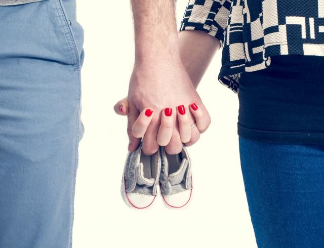 Как оригинально сообщить о своей беременности: остроумные и трогательные примеры из сетей