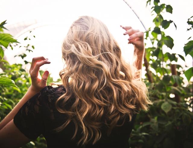 Как отрастить длинные волосы: 4 лайфхака