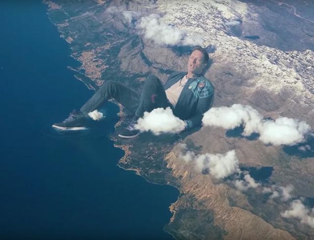 Клип о котором все говорят группа Coldplay выпустила потрясающее