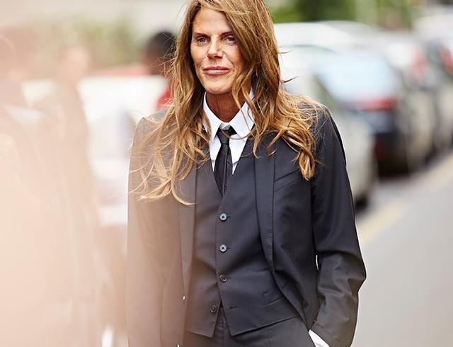 Образ дня: Анна Делло Руссо в мужском костюме на Неделе мужской моды в Милане