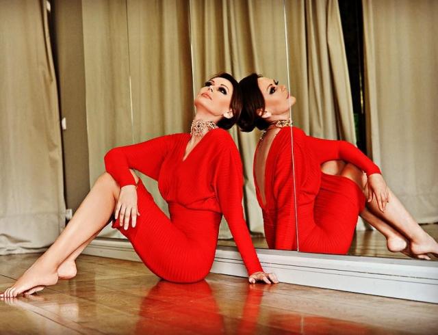 Ирина Безрукова поразила женственностью на красной дорожке. ФОТО