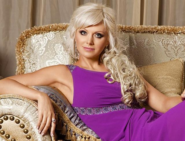 О боже, какая женщина: Натали покрасила волосы в розовый (ФОТО)