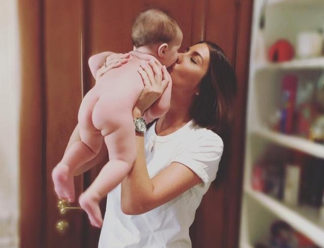 Кэти Топурия показала трогательное видео с маленькой дочкой