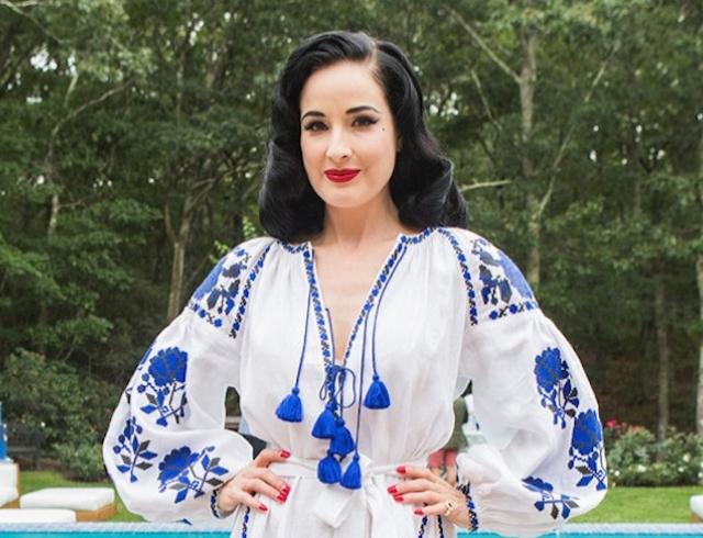 Дита фон Тиз показала стильный образ ввышиванке отукраинского дизайнера