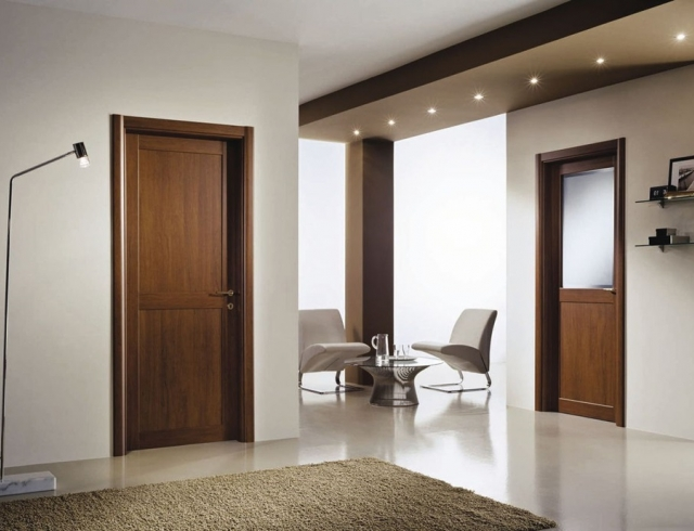 Как сделать старые двери красивыми своими руками