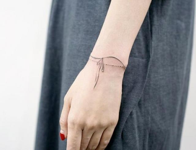 Фото татуировок в виде браслетов